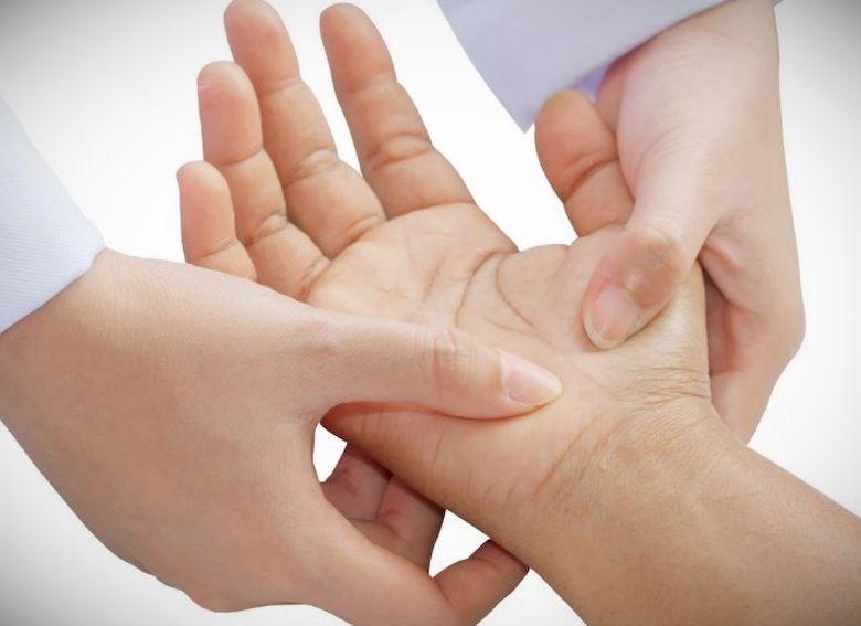 При вывихах суставов категорически нельзя дисплазия суставов кане корсо